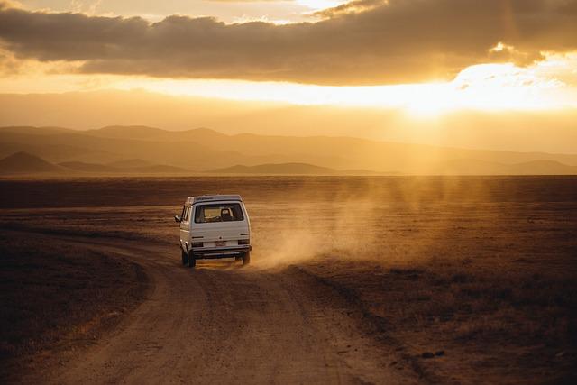 Jak najporządniej jeździć do pracy czy na wakacje własnym autem tak czy nie?