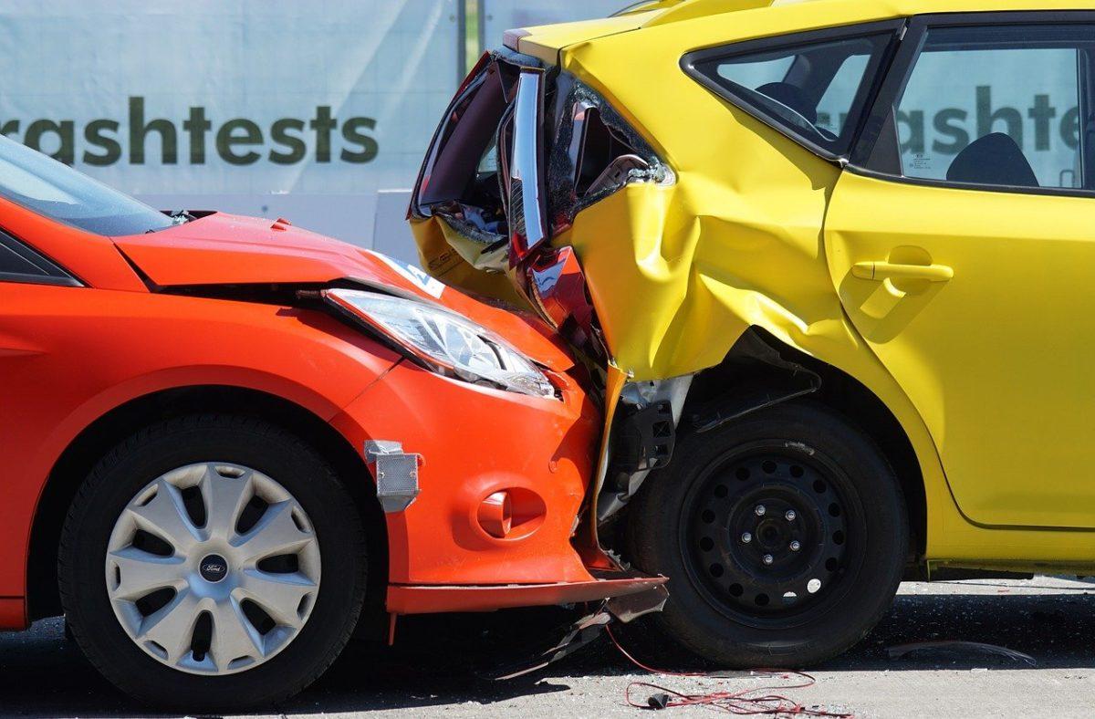 Z reguły polisa ubezpieczenia obejmuje wypłatę zadośćuczynienia w wypadku…